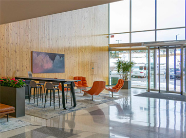 Daylight lobby with timeless finishes